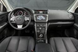 SHIFTINGGEARS_10 Mazda 6 - interior front