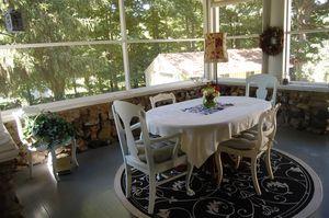 LEEDANIELS_HilltopHouse-Dinner table